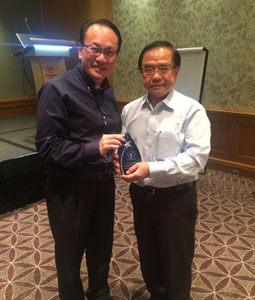 Dr Tan Chue Tin